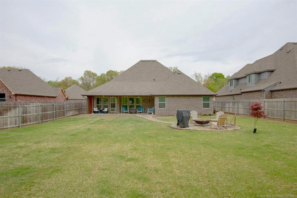 Off Market | 7008 S Chestnut Avenue Broken Arrow, Oklahoma 74011 47