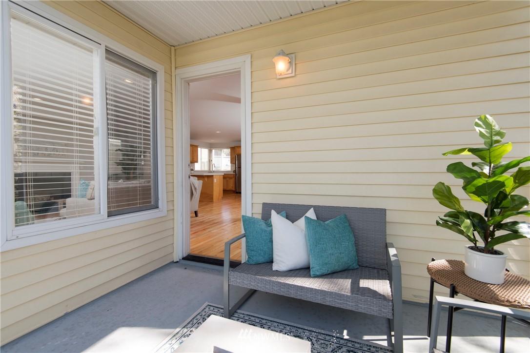 Pending | 4811 S Graham Street Seattle, WA 98118 22