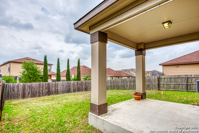 Pending | 9134 WIND CROWN San Antonio, TX 78239 26
