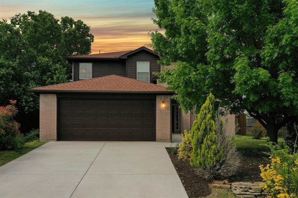 Pending | 1055 Waterview Drive Little Elm, Texas 75068 0