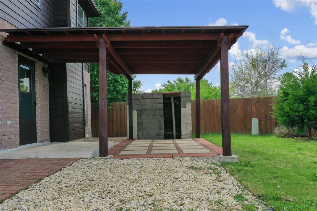 Pending | 1055 Waterview Drive Little Elm, Texas 75068 29