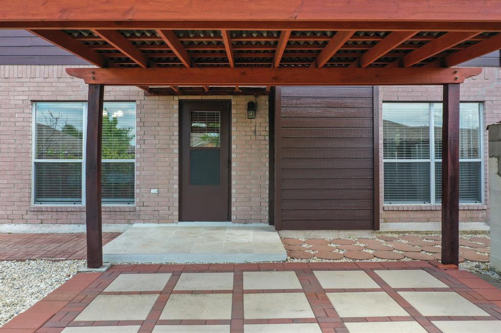 Pending | 1055 Waterview Drive Little Elm, Texas 75068 30