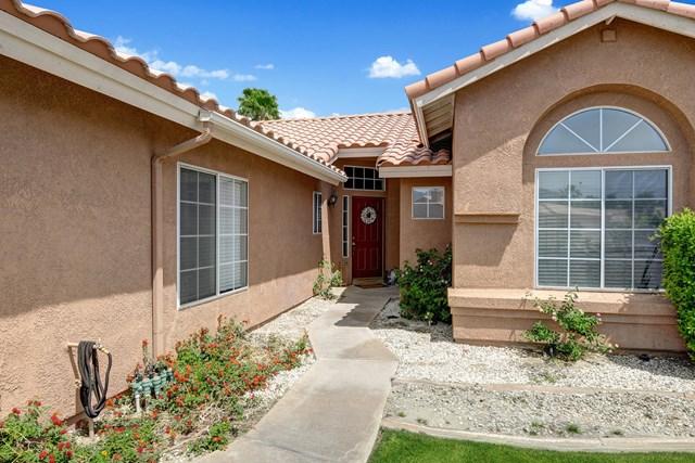 Active Under Contract | 44340 Villeta Drive La Quinta, CA 92253 2