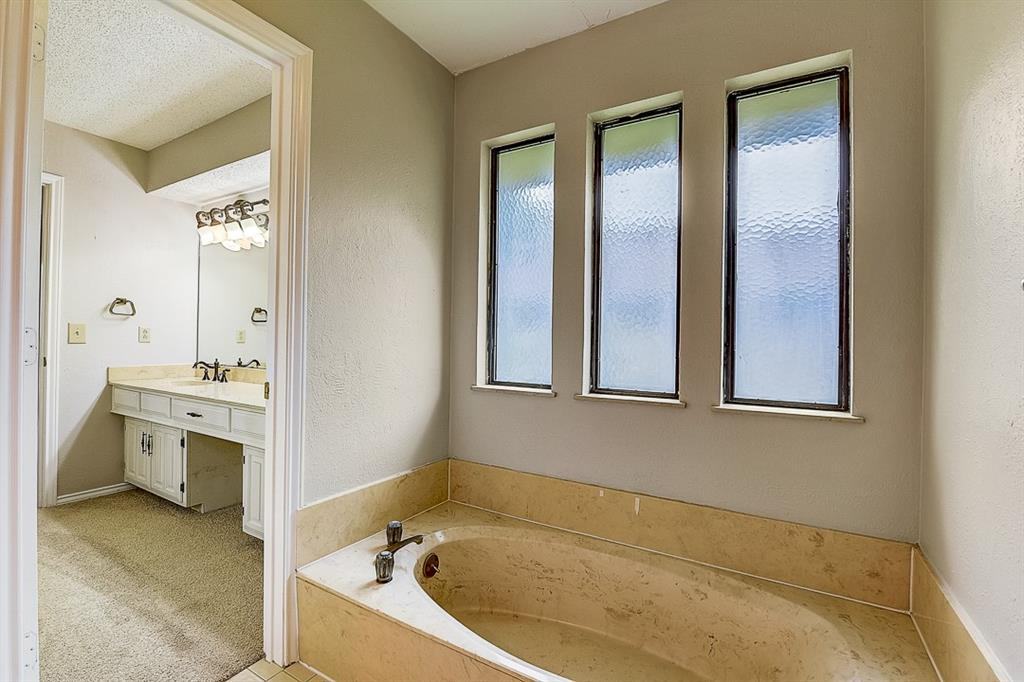 Sold Property | 2500 Loch Haven Drive Plano, Texas 75023 8
