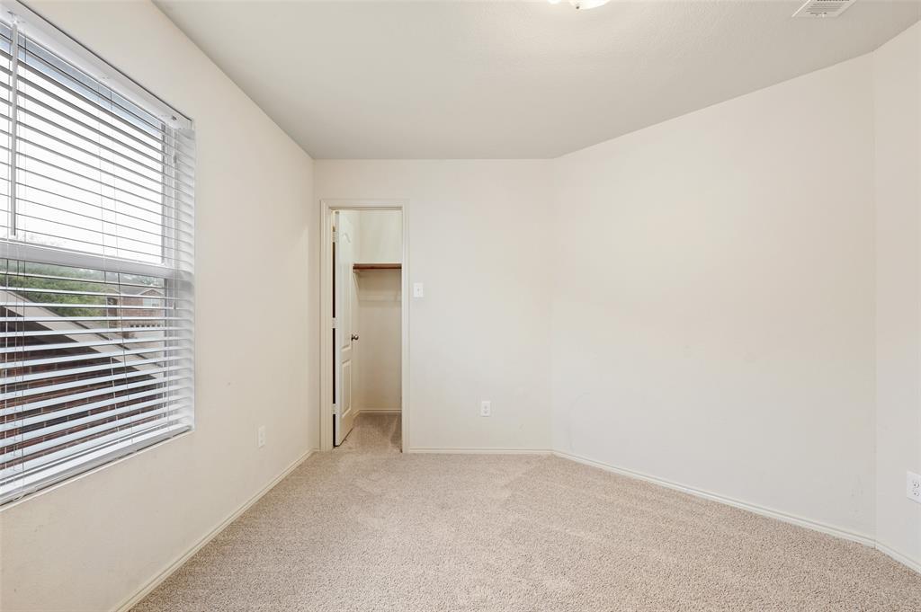 Active   2301 Saffron Lane Arlington, Texas 76010 21