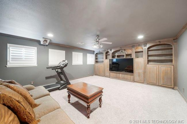 Active | 8760 103rd Street Tulsa, Oklahoma 74133 43