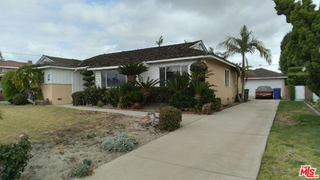 Closed | 8533 Dacosta Street Downey, CA 90240 4