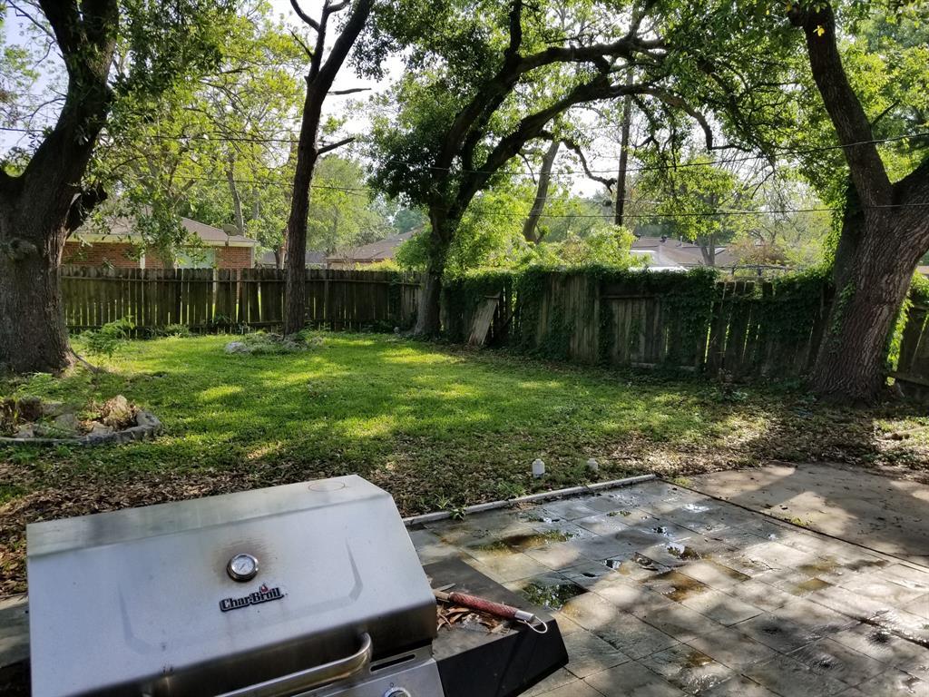 Active | 2015 Rimrock Street Kemah, Texas 77565 14