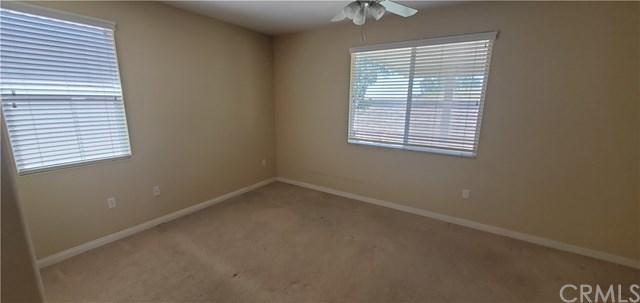 Closed   343 Shining Rock Beaumont, CA 92223 13