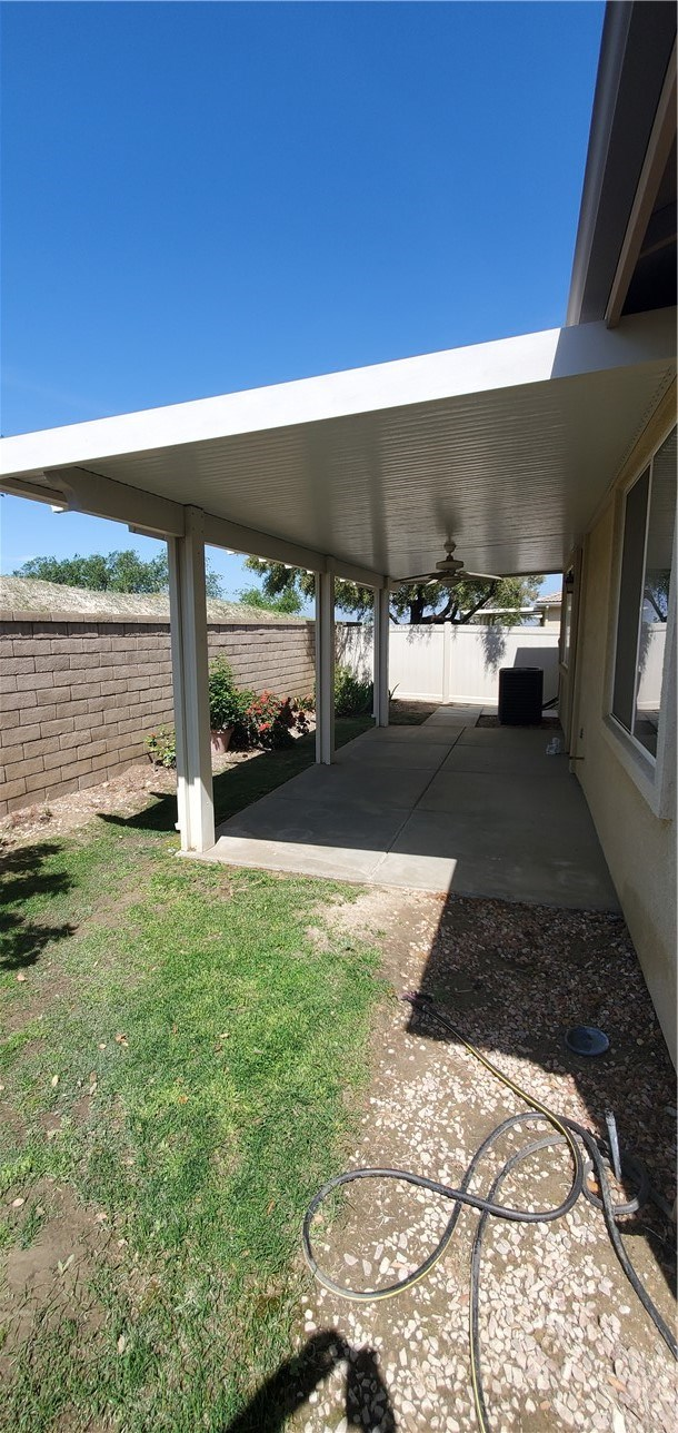 Closed   343 Shining Rock Beaumont, CA 92223 22