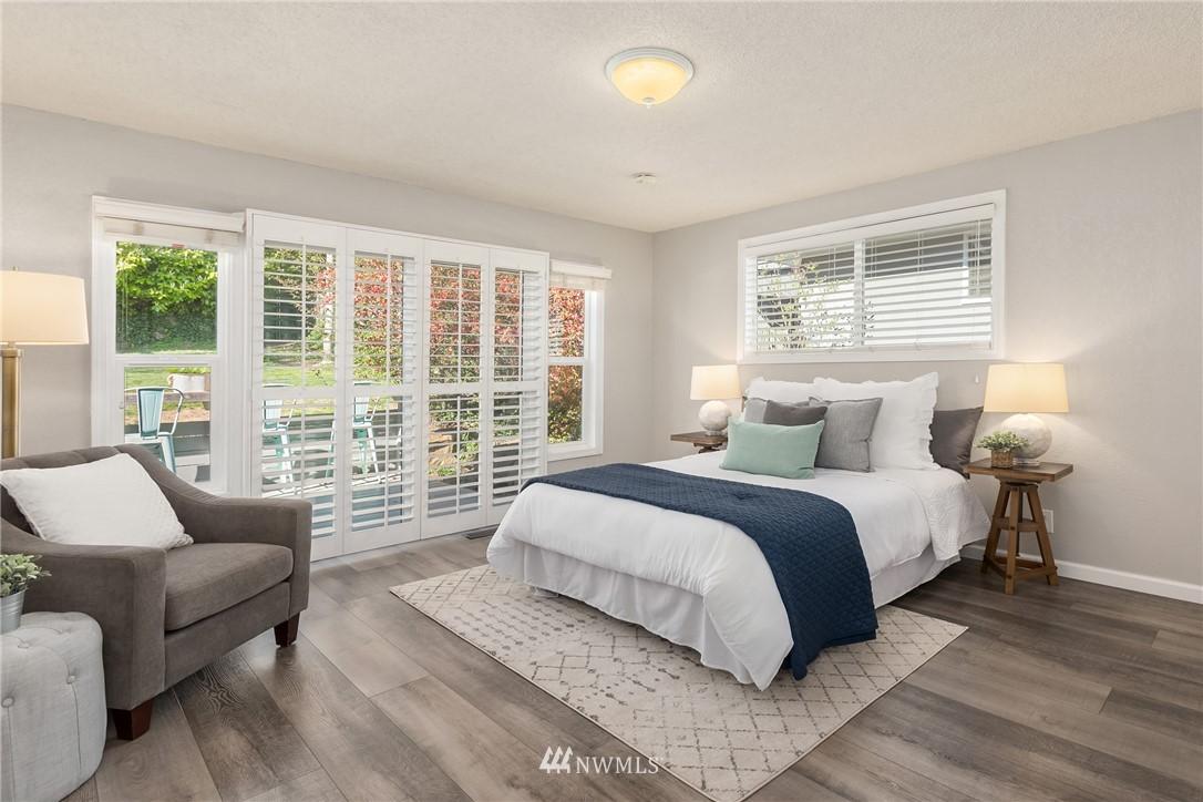Sold Property | 2530 NE 82nd Street Seattle, WA 98115 17