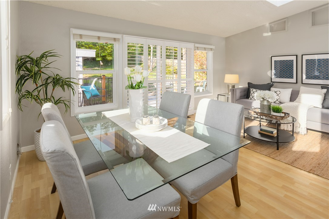 Sold Property | 2530 NE 82nd Street Seattle, WA 98115 15