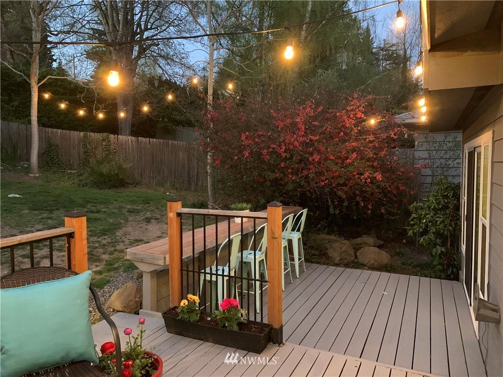 Sold Property | 2530 NE 82nd Street Seattle, WA 98115 28