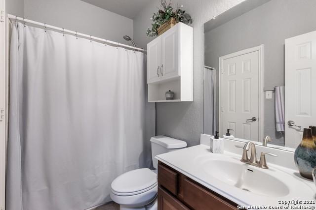 Active Option | 3814 FORSYTHIA San Antonio, TX 78261 9
