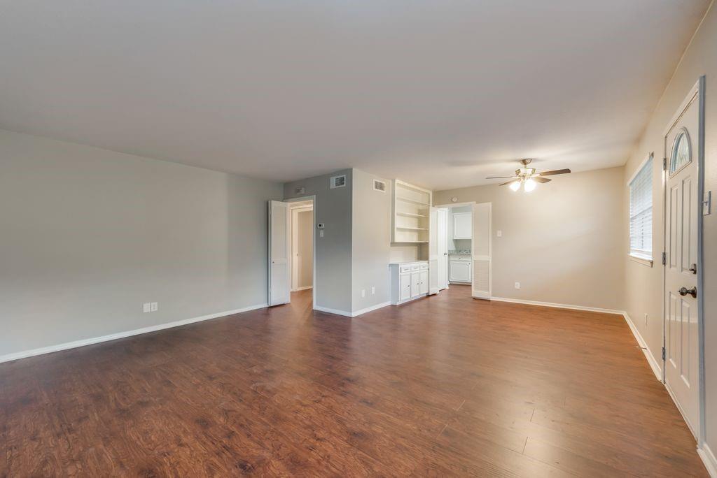 Active Option Contract   7929 Royal Lane #206 Dallas, Texas 75230 2