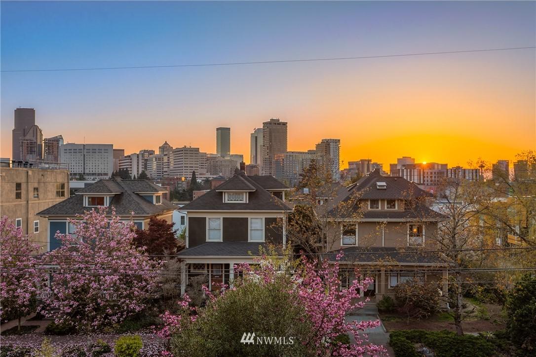 Active | 1501 E Spring Street #7 Seattle, WA 98122 2