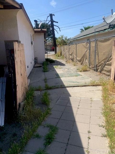 Closed | 9609 Fontana Avenue Fontana, CA 92335 7