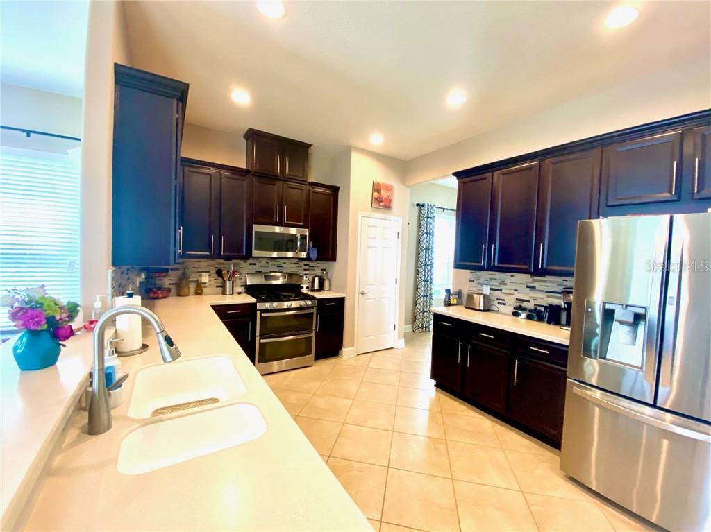 Pending | 11314 GRAND PARK AVENUE RIVERVIEW, FL 33578 2