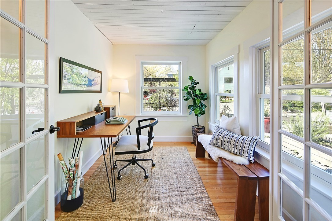 Sold Property | 6732 13th Avenue NW Seattle, WA 98117 11