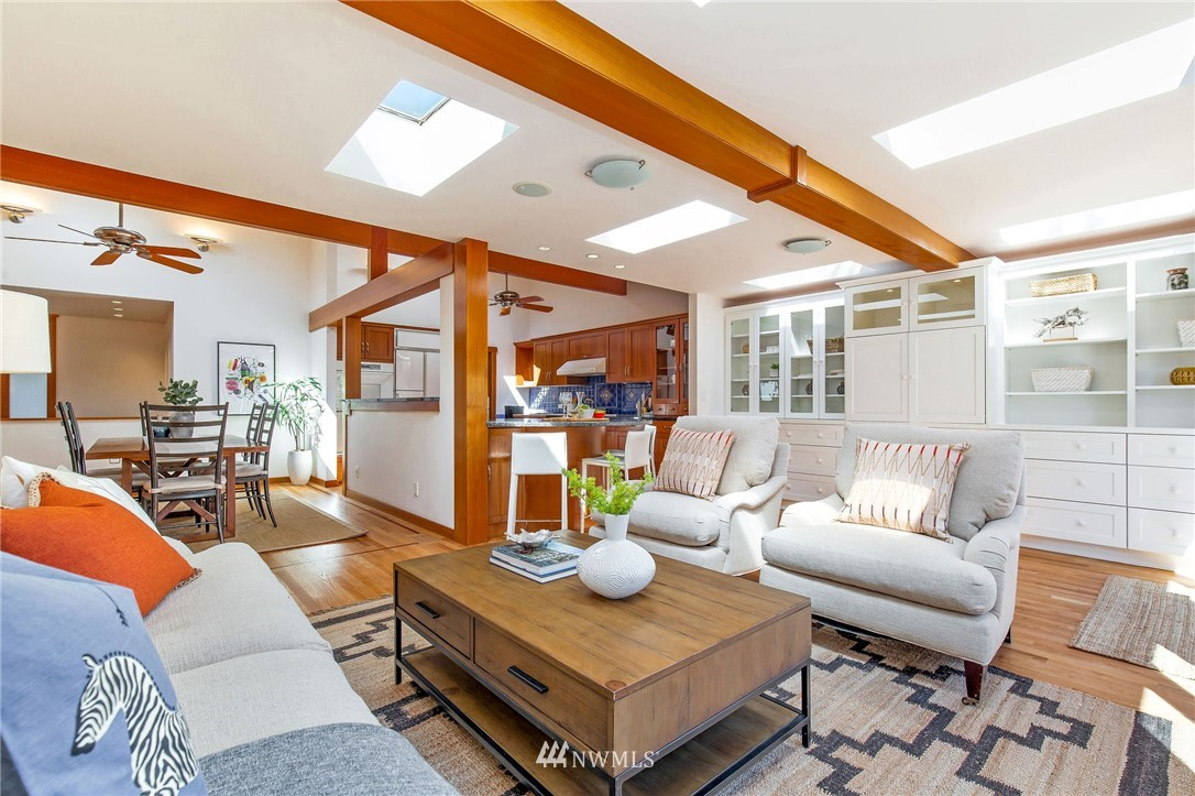 Sold Property | 1314 5th Avenue W Seattle, WA 98119 7