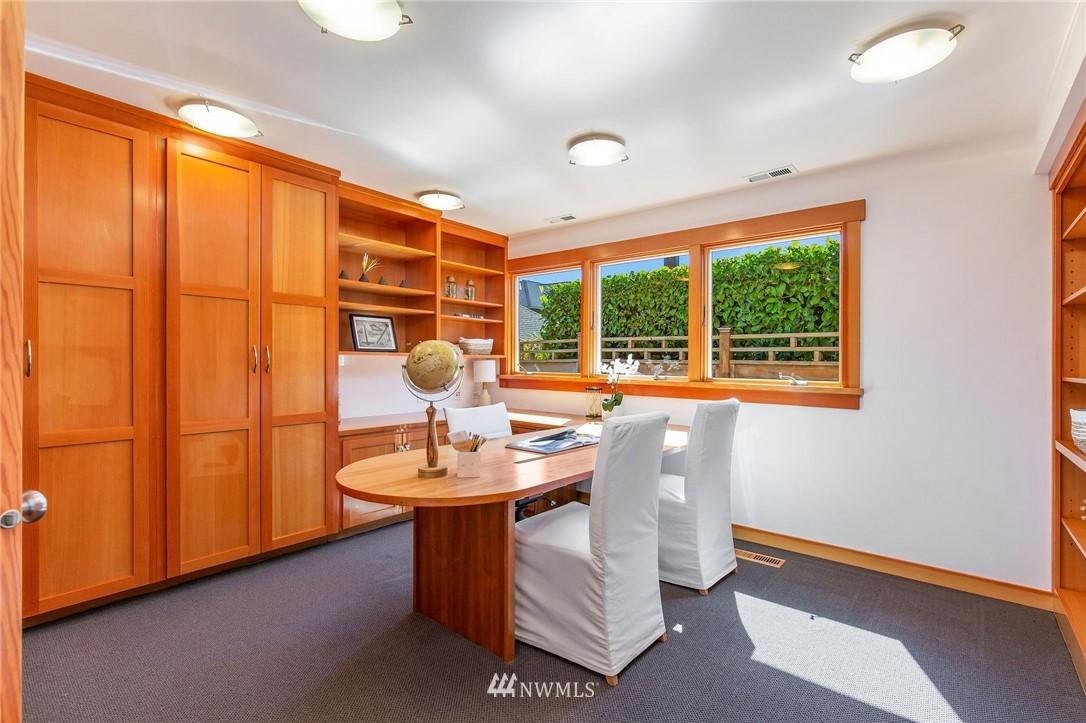 Sold Property | 1314 5th Avenue W Seattle, WA 98119 30