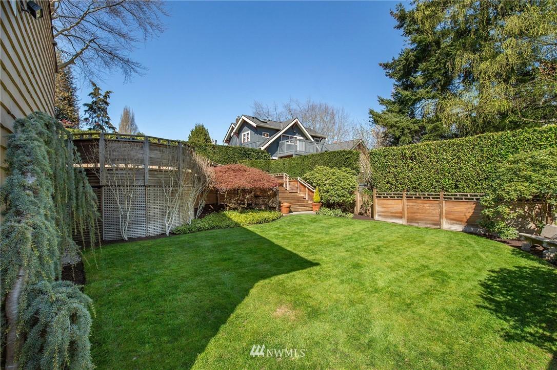 Sold Property | 1314 5th Avenue W Seattle, WA 98119 35