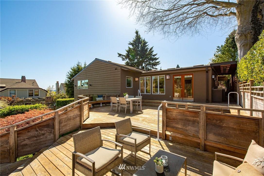 Sold Property | 1314 5th Avenue W Seattle, WA 98119 33