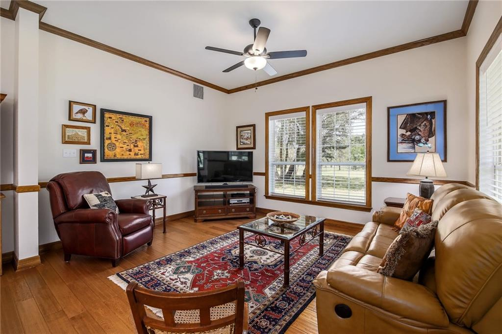 Pending | 324 Logan Ranch Road Georgetown, TX 78628 17