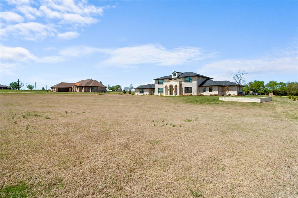 Sold Property   89 Thornwood Lane Van Alstyne, Texas 75495 2