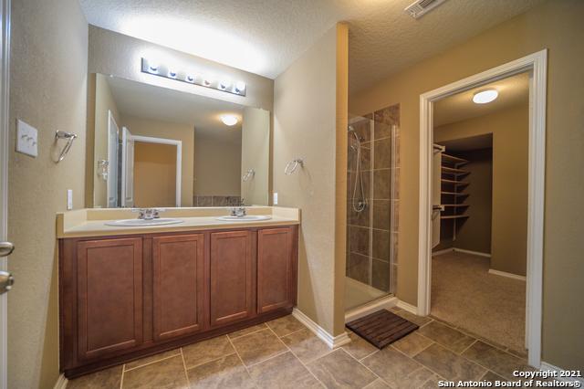 Active Option | 215 GEMSBOK GATE San Antonio, TX 78253 9