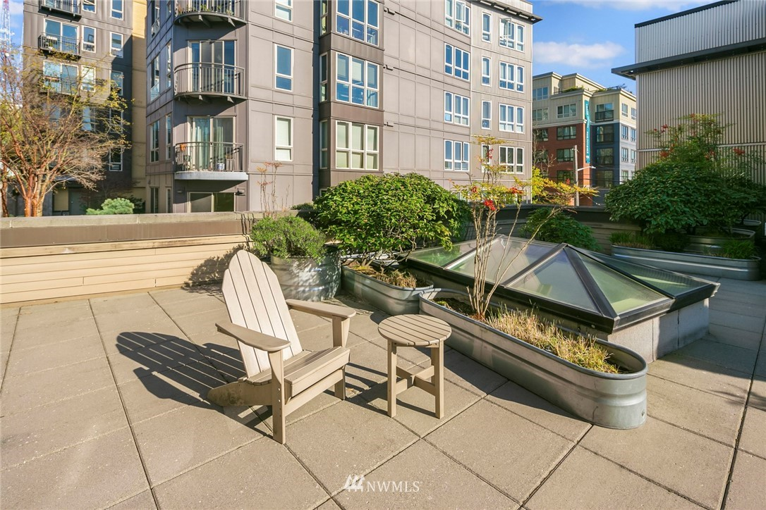 Pending | 1410 E Pine Street #W318 Seattle, WA 98122 16