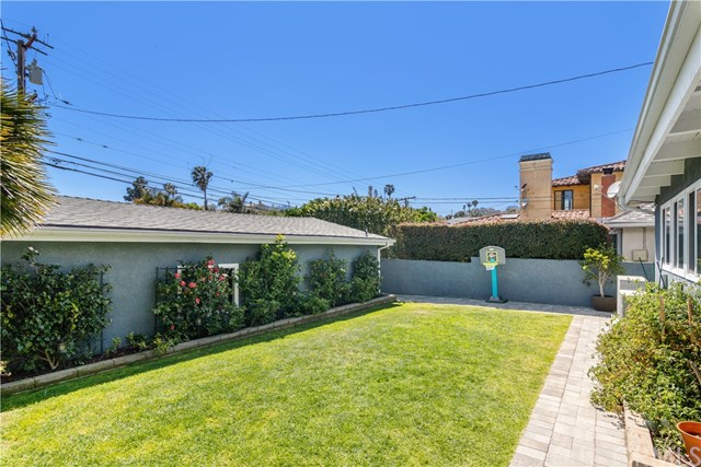 Active Under Contract | 826 Knob Hill Avenue Redondo Beach, CA 90277 23