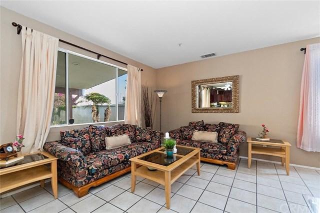 Pending | 7281 Las Palmas Drive Fontana, CA 92336 4