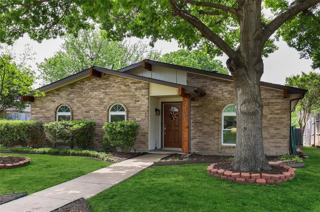 DFW Real Estate | 2109 Sandra Lane Grand Prairie, Texas 75052 1