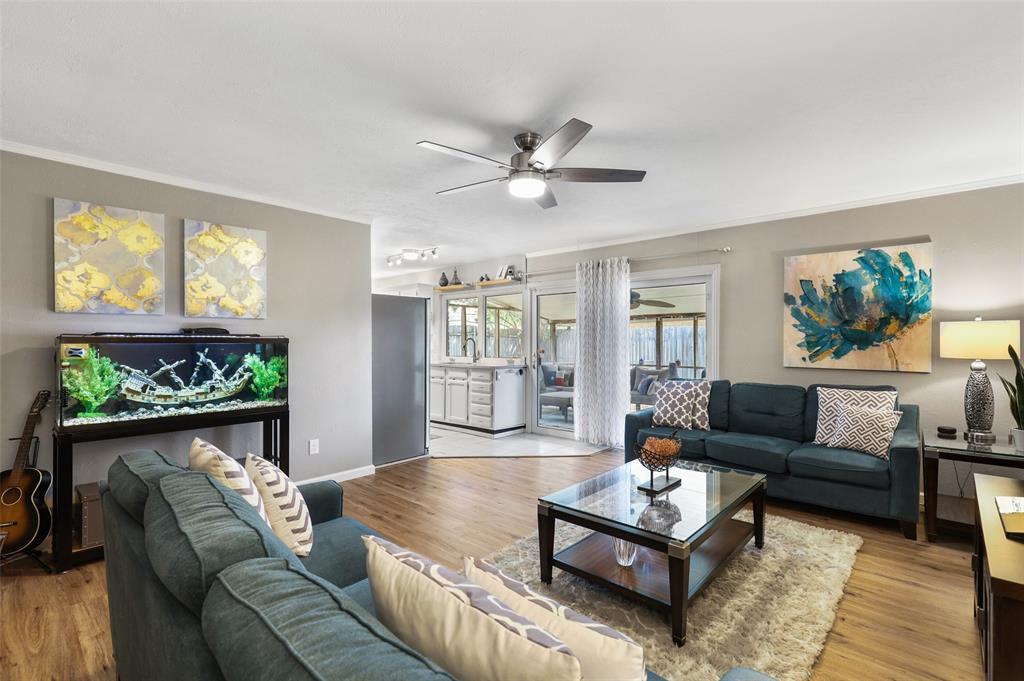 DFW Real Estate | 2109 Sandra Lane Grand Prairie, Texas 75052 11