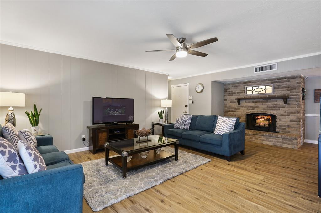 DFW Real Estate | 2109 Sandra Lane Grand Prairie, Texas 75052 14