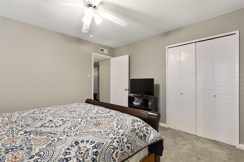 DFW Real Estate | 2109 Sandra Lane Grand Prairie, Texas 75052 26