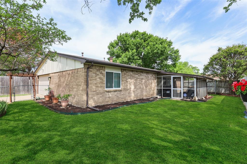 DFW Real Estate | 2109 Sandra Lane Grand Prairie, Texas 75052 30