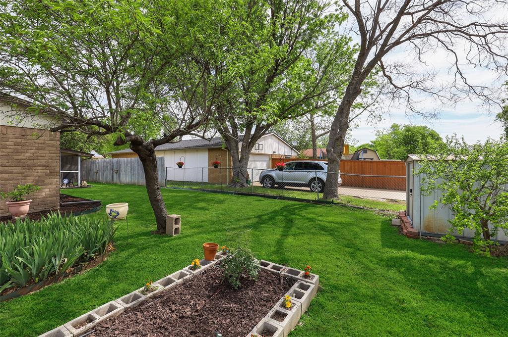 DFW Real Estate | 2109 Sandra Lane Grand Prairie, Texas 75052 31