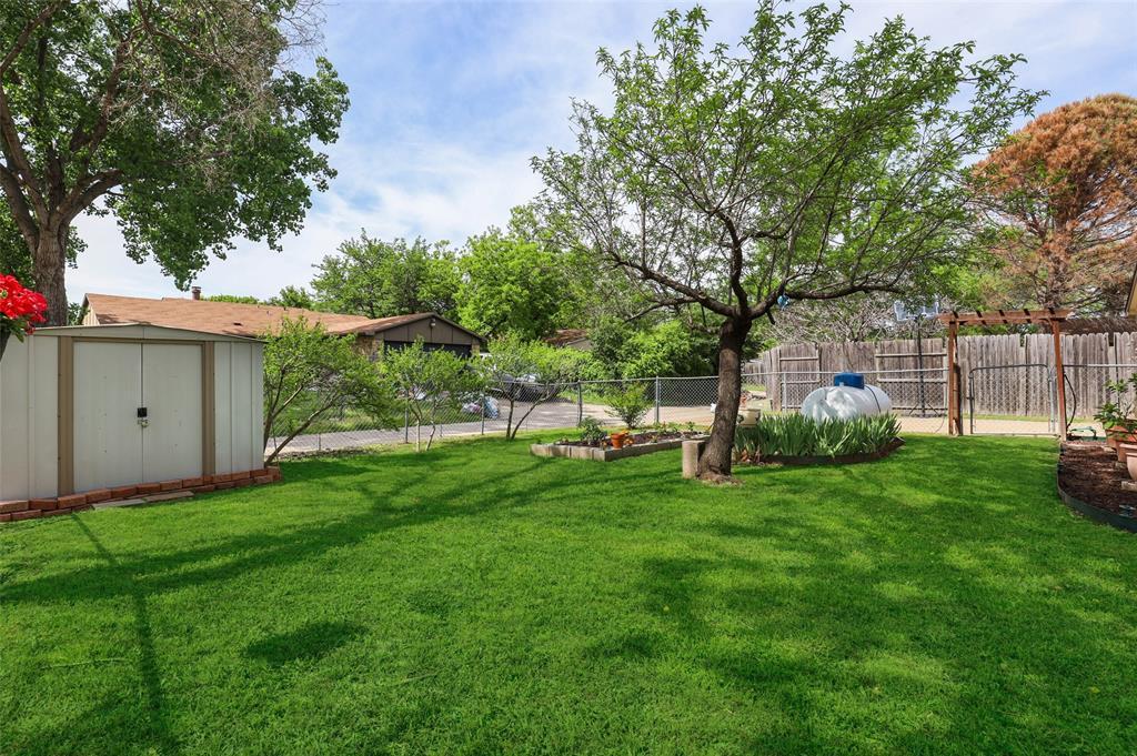 DFW Real Estate | 2109 Sandra Lane Grand Prairie, Texas 75052 32