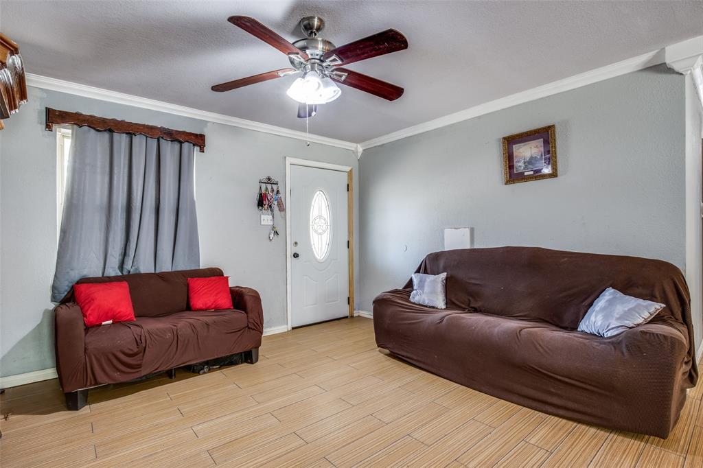 Sold Property | 738 Upland Lane Duncanville, Texas 75116 3