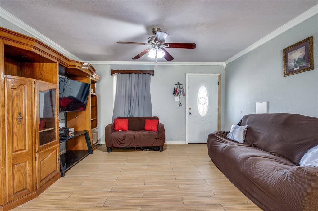 Sold Property | 738 Upland Lane Duncanville, Texas 75116 4