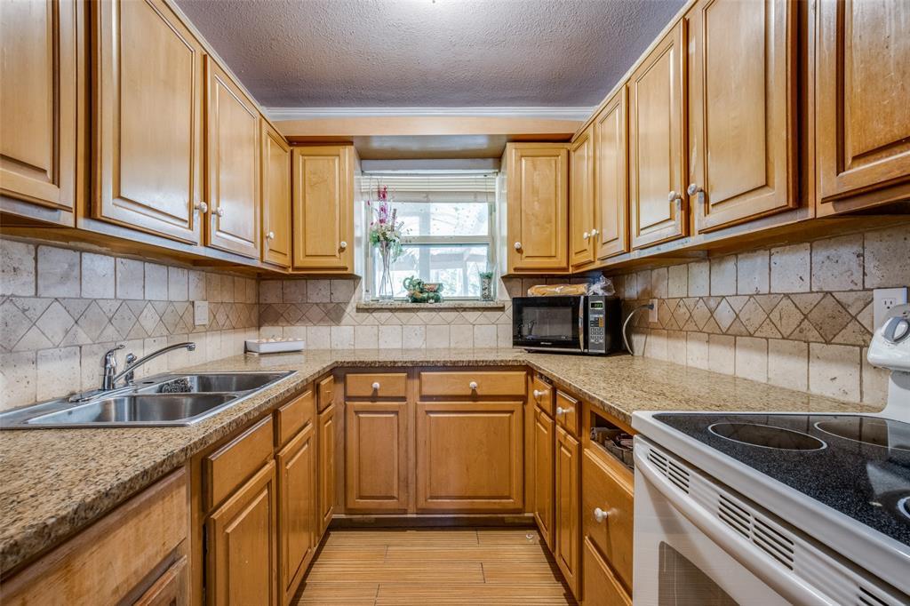 Sold Property | 738 Upland Lane Duncanville, Texas 75116 9