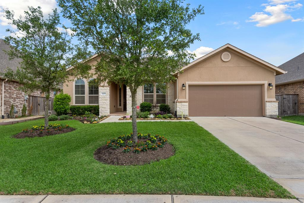 Active | 16619 Havasu Drive Cypress, Texas 77433 3