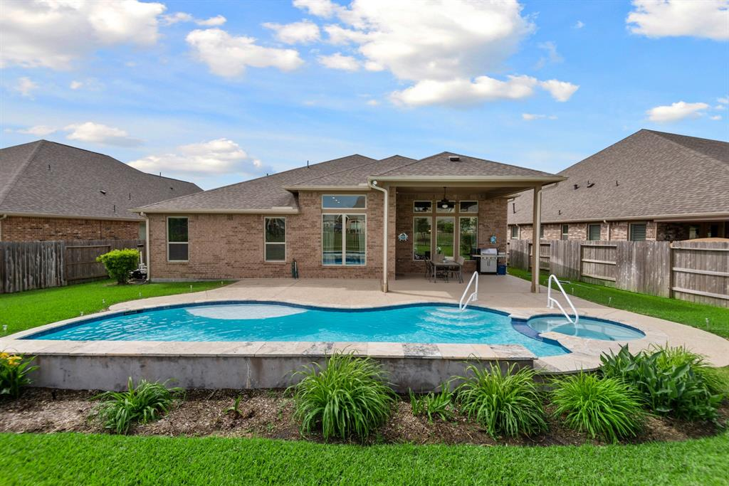 Active | 16619 Havasu Drive Cypress, Texas 77433 38