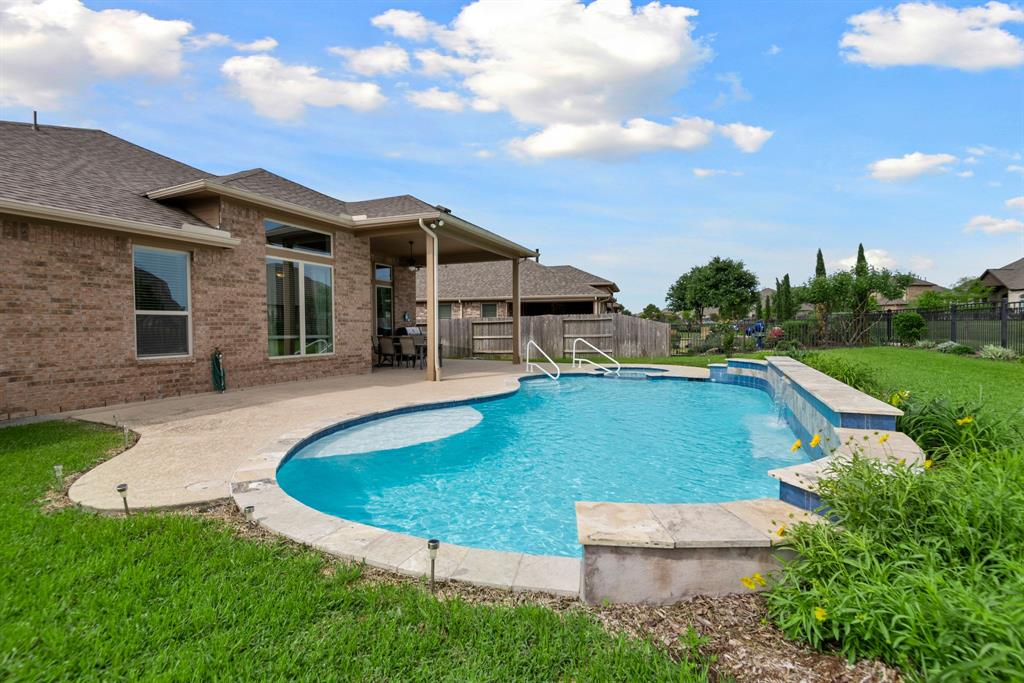 Active | 16619 Havasu Drive Cypress, Texas 77433 40