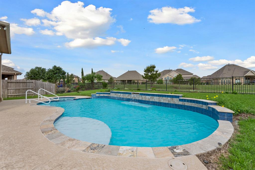 Active | 16619 Havasu Drive Cypress, Texas 77433 42