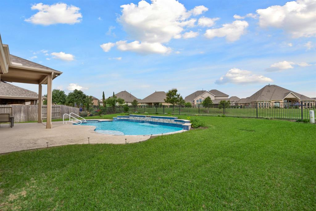 Active | 16619 Havasu Drive Cypress, Texas 77433 43