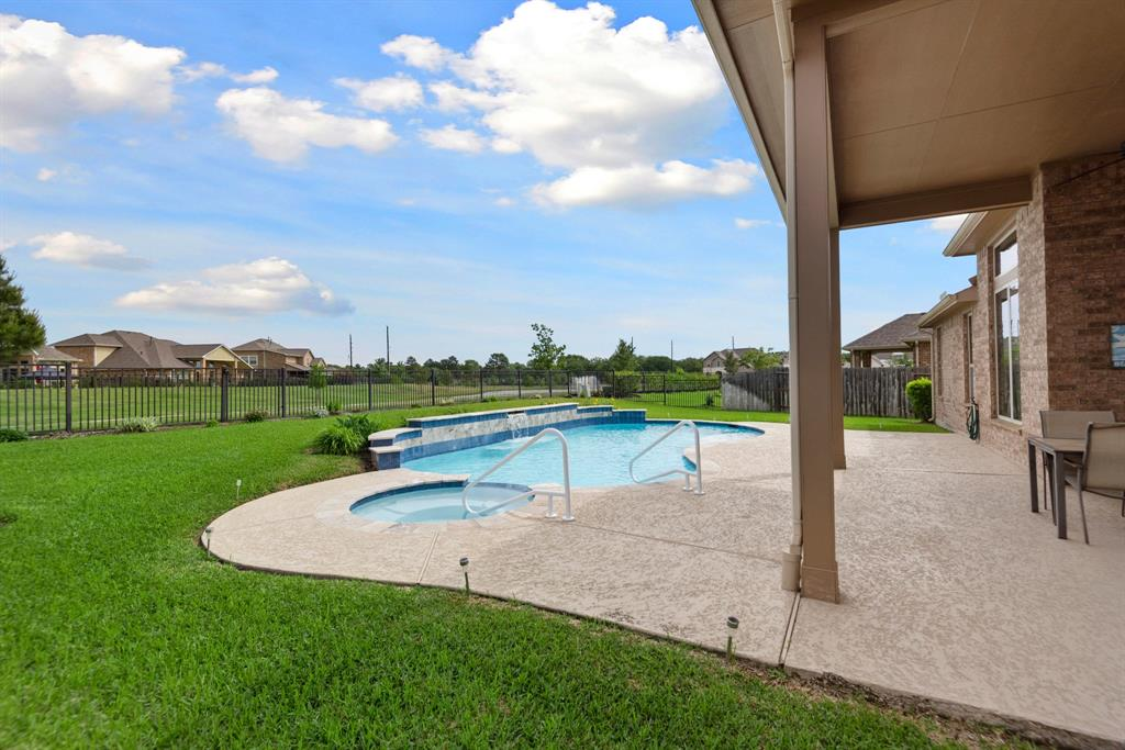 Active | 16619 Havasu Drive Cypress, Texas 77433 44