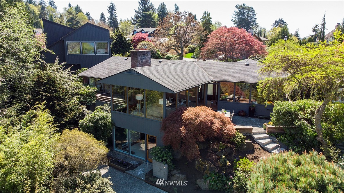 Active | 1736 NW Greenbrier Way Seattle, WA 98177 0